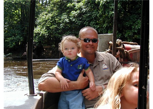 elianddadonthejunglecruisemk8apr03.jpg